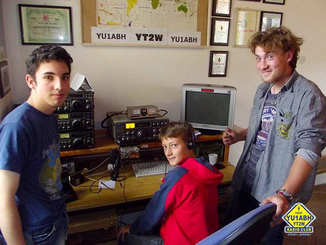 Петар, Лазо и Јован једва чекају дипломе и лиценце да могу да раде на станици